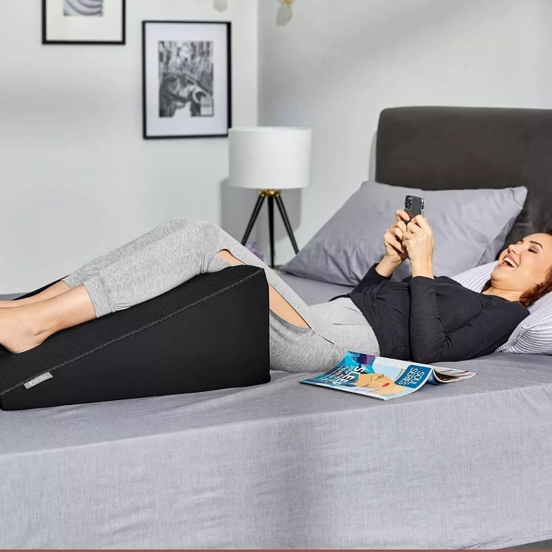Hydraluxe+ Cooling Memory Foam Wedge Pillow